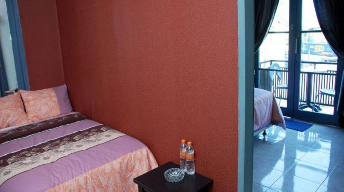 Terletak Di Jl Geger Kalong Hilir No 8 Gegerkalong Bandung Guest House Salon Spa Fora Strategis Setiabudi Salah Satu Daerah