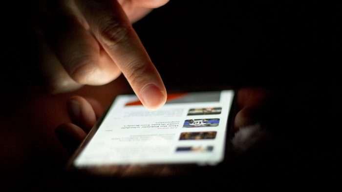 أول تطبيق مجاني يقدم لكم مزيجاً من الأخبار العاجلة العربية والعالمية