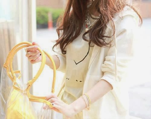 How to oversized wear: tee for women, How to gajra wear in hair