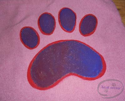 malowanie farbami do tkanin
