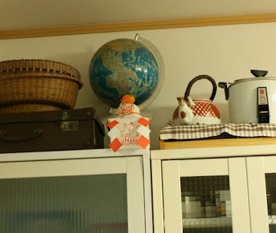 食器棚に鏡餅