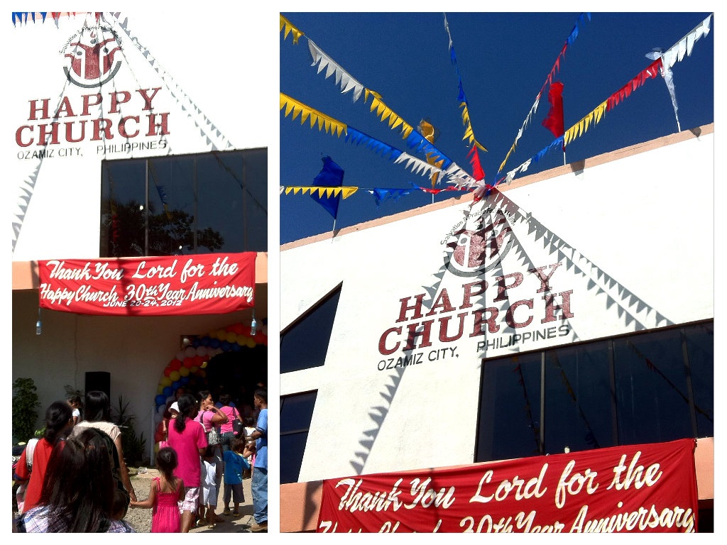 The Other Side Of Mae: Maundy Thursday: Visita Iglesia