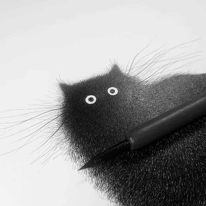08-Luis-Coelho-Ink-Animal-Drawings-Cats-and-More-www-designstack-co