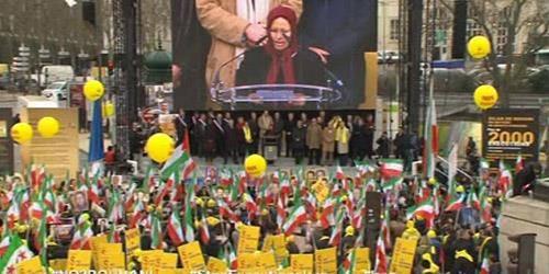 خواهر مجاهد مرضیه باباخانی: در مقابل زد و بند با این رژیم سکوت نمیکنیم