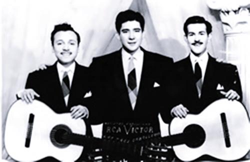 Los Tres Caballeros - Me Odio