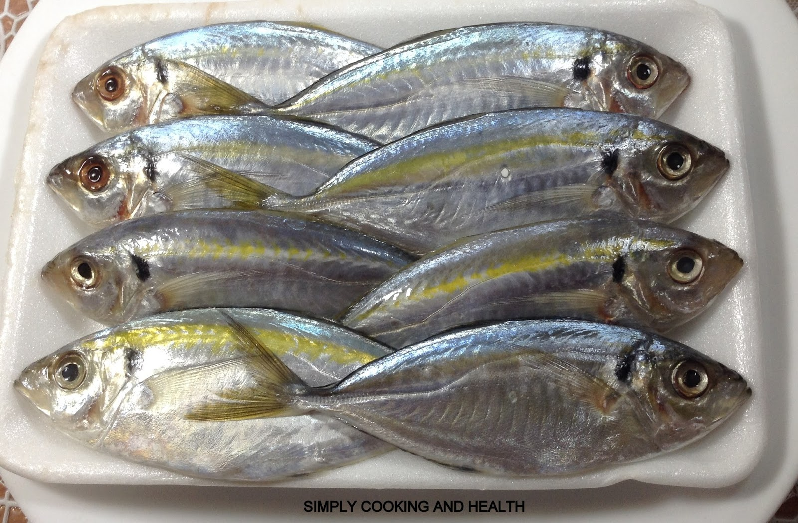 Trevally Varieties Grey Giant Hitam Xl Simply Cooking And Health Small Fish Fry 1600x1048