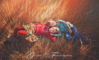Galart Fotógrafos fotos de comunión, fotografía de exteriores de niños, fotos de primera comunión, fotos divertidas, fotos de niños, fotos diferentes, fotos en el campo, fotos en castellón, fotos galart, fotos para recordar, kids,