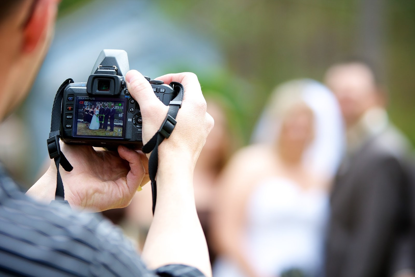 Work From Home Jobs: HOW TO CHOOSE YOUR PERFECT WEDDING PHOTOGRAPHER