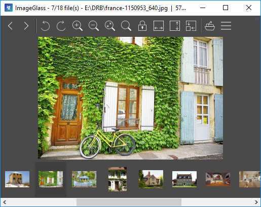 ImageGlass sebagai image viewer di Windows 10