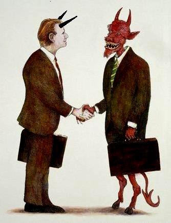 Resultado de imagem para acender vela para Deus e o Diabo