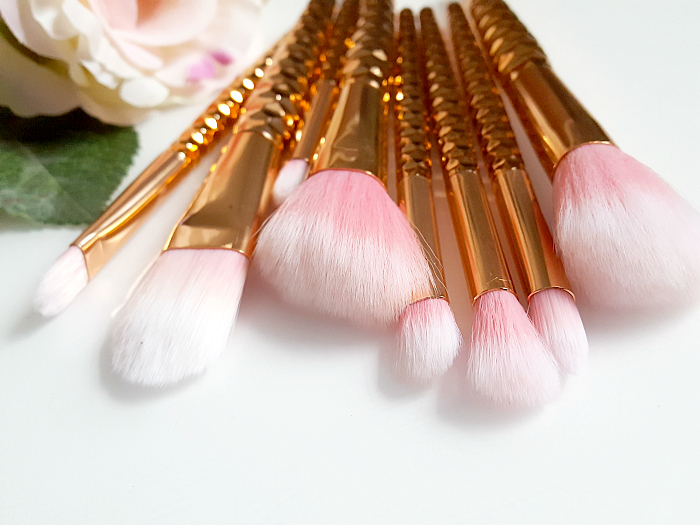 Review: Mini Rosegold Makeup Pinsel Reise Set - 8tlg. - 6.59 Euro von ebay
