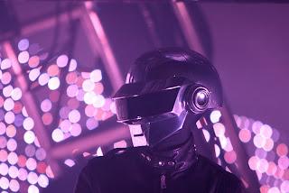 Imagen de Daft Punk en un concierto