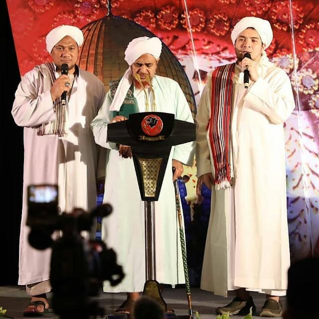 [Habib Umar bin Hafidz] Cacian dan Hinaan Meruntuhkan Wibawa Ulama itu Sendiri