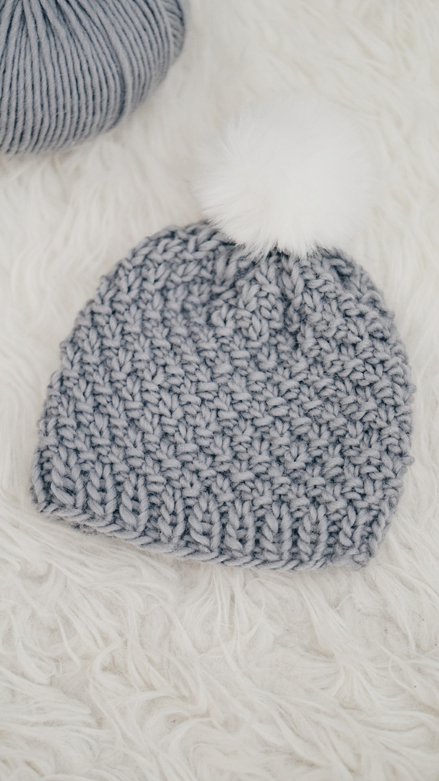 MOSS STITCH BABY HAT | Little Things Blogged