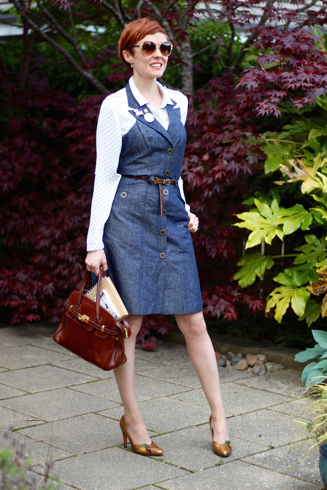 Fake Fabulous |Can you wear denim for work? Denim dress, leopard belt, white spotty shirt, vintage patent leather shoes, leather bag.