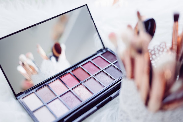 beauty school makeup palette