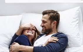 ممارسة الجنس مع شخص تعرفينه