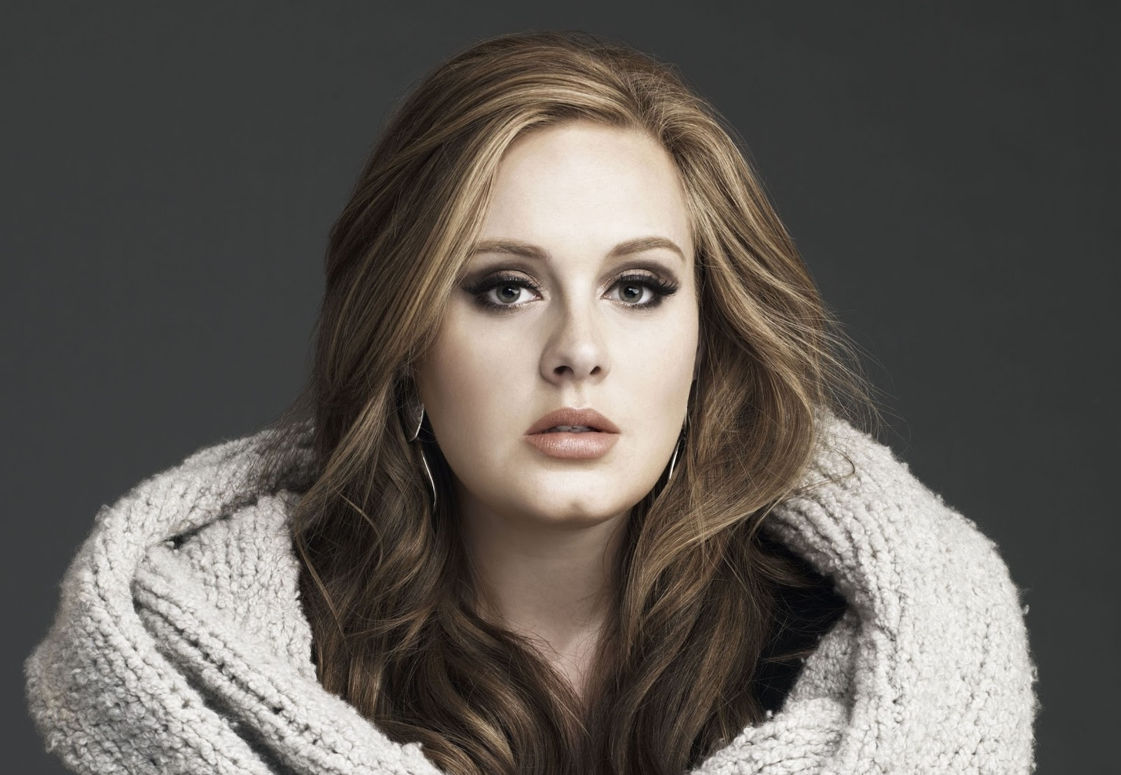The Beauty Evolution of Adele: From Over-the-Top Glamour ...