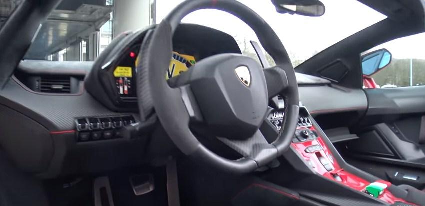 Black Lamborghini Veneno Lp750 4 Roadster Central Column Veneno