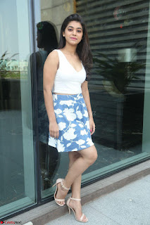 Yamini in Short Mini Skirt and Crop Sleeveless White Top 042.JPG