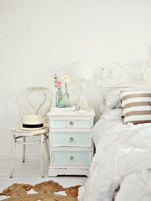 Decoración de dormitorio estilo romántico