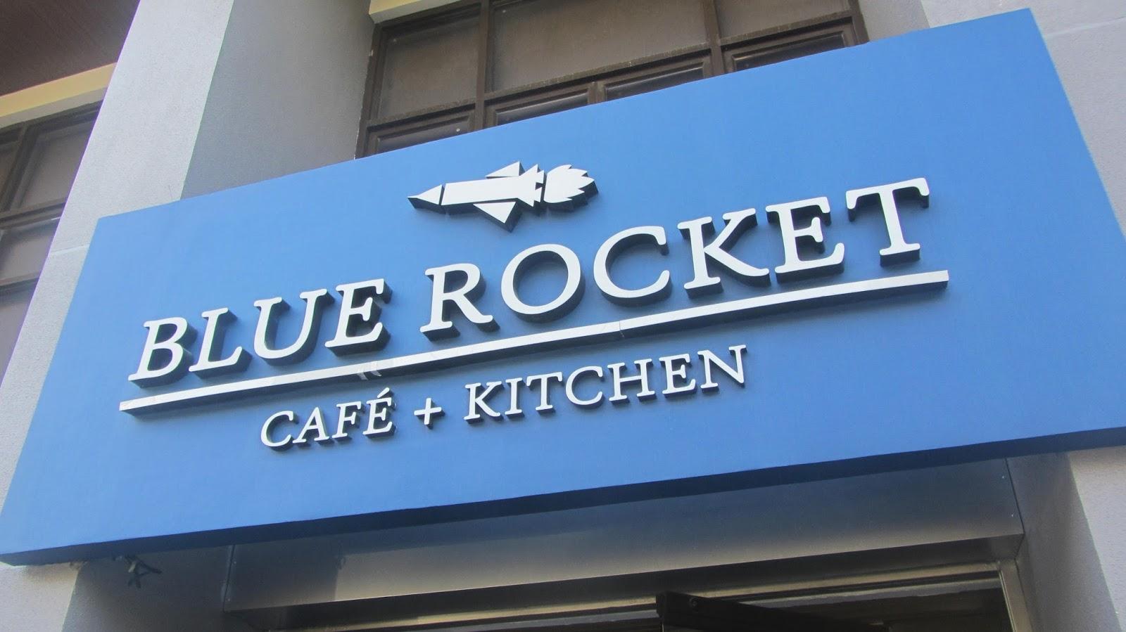 Blue Rocket Café + Kitchen at Scout Lozano Street | walkandeat