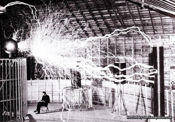 Nikola Tesla AC