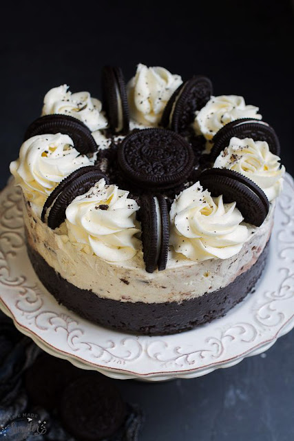 Very Delicious Cookies & Cream Oreo Ice Cream Cake