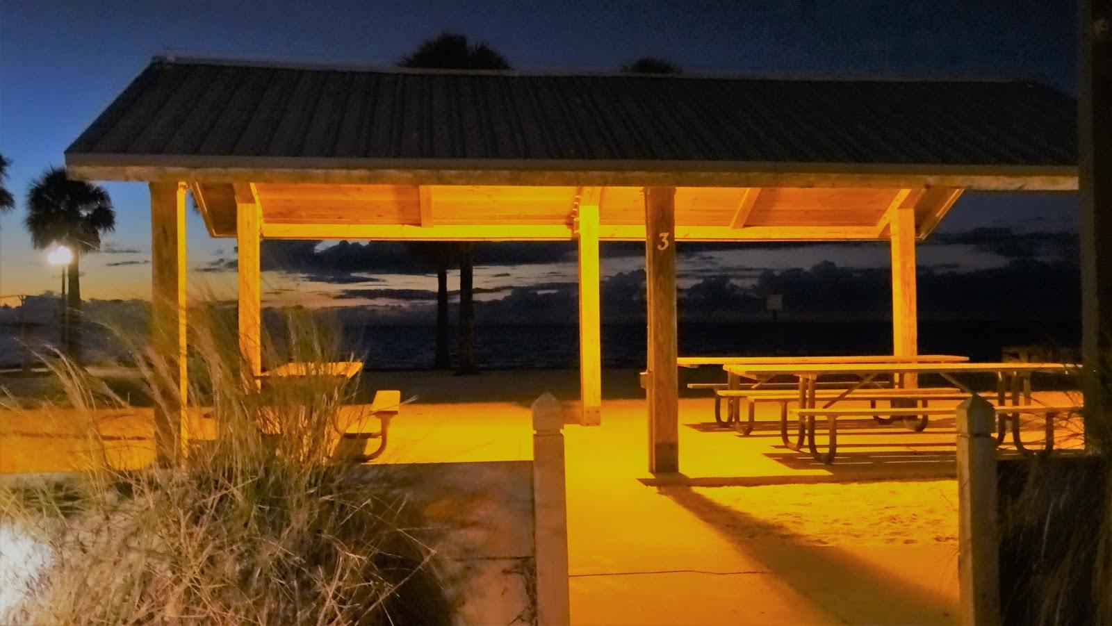 Picknick in Pine Island Beach Park, Florida USA