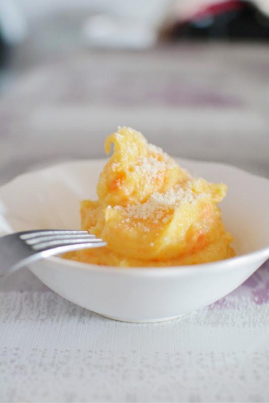Puré de patatas y zanahorias con parmesano
