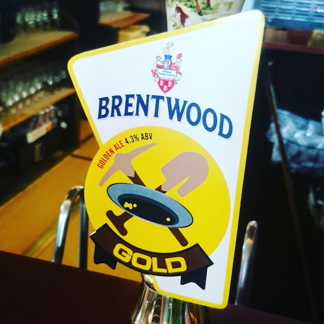 Essex Craft Beer Review: Gold from Brentwood Brewing Company real ale pump clip