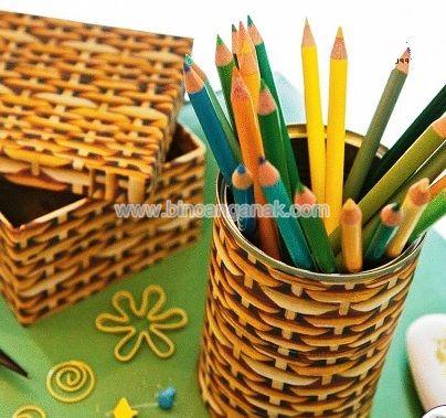 Membuat Tempat Pensil  Dari  Kaleng Bekas