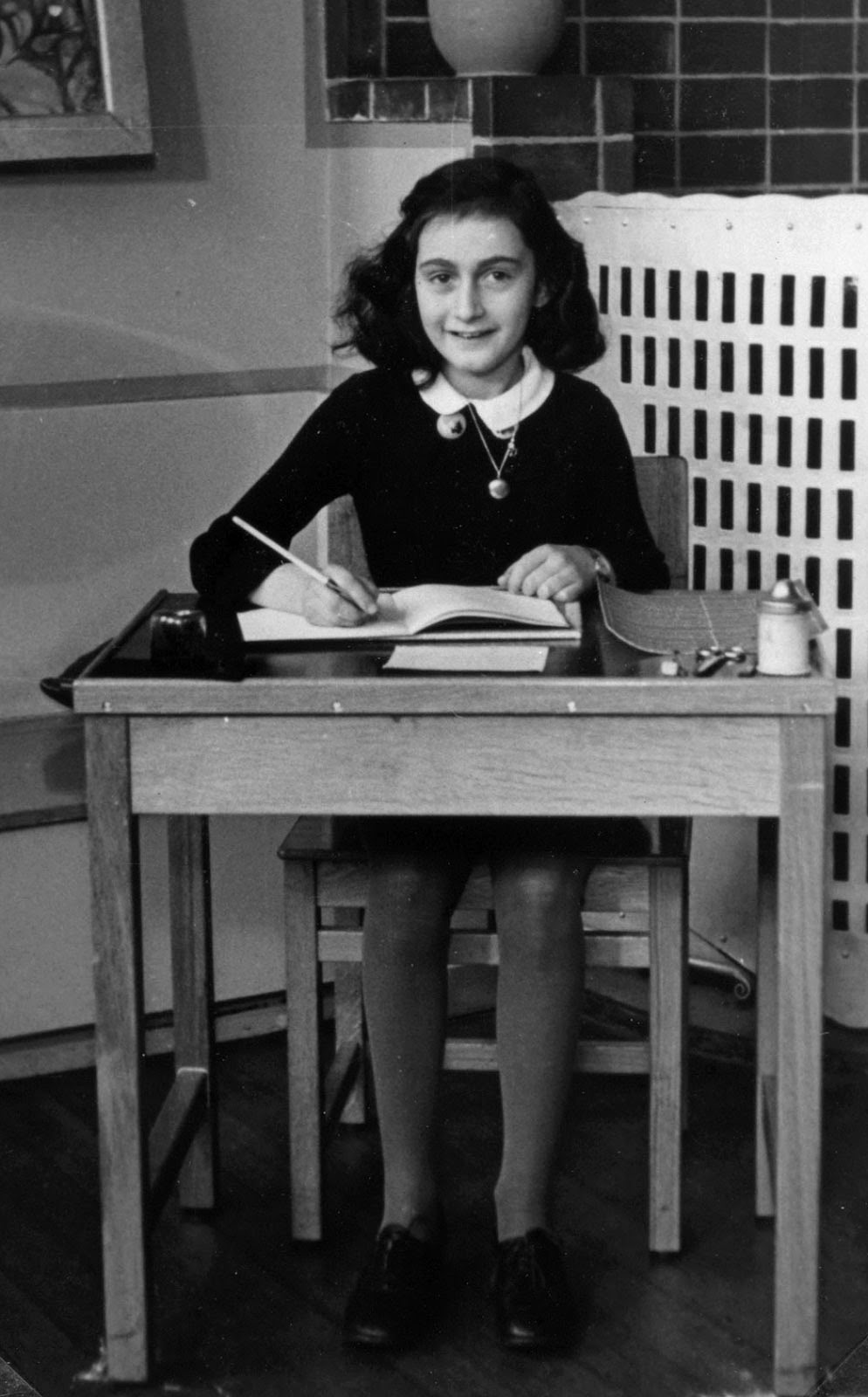unit the victims families for the death penalty anne anne frank pictured in 1940