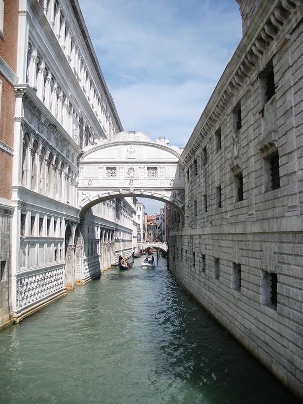 Ponte de Sosperi in Venice