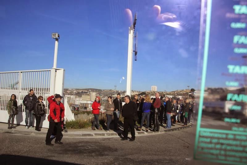cola bus 35 de Marsella