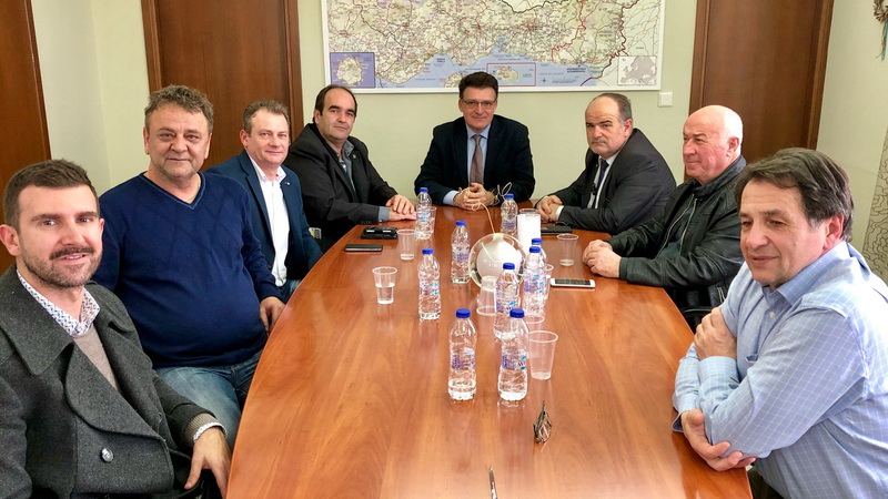 Συνάντηση του Αντιπεριφερειάρχη Έβρου Δ. Πέτροβιτς με τον Πρόεδρο της ΓΣΕΒΕΕ Γ. Καββαθά