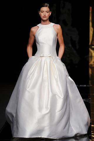 bride's dress   thepapersack