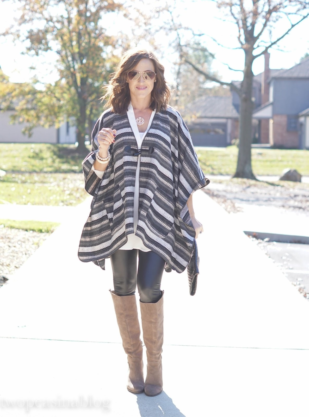 d7a302332336d1 Poncho: Nordstrom // Tunic: Nordstrom (My favorite!) // Faux Leather  Leggings: Charlotte Russe (On sale - $10!!) // Boots: Last year, LOVE these  at Sole ...