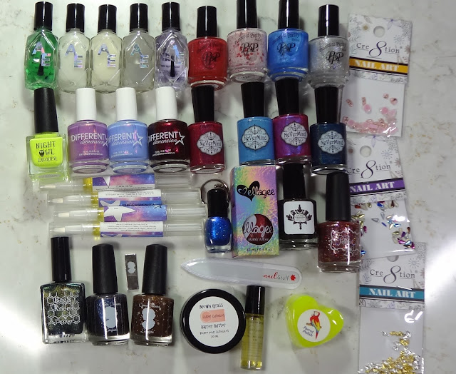 6 Year Blogiversary Giveaway! - Prize #2 lot