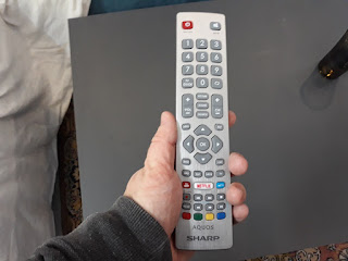 Sharp LC-43UI7352E remote control review