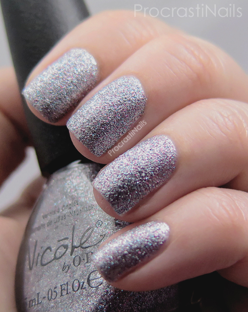 Swatch of Nicole by OPI Look at Me, Look at Me