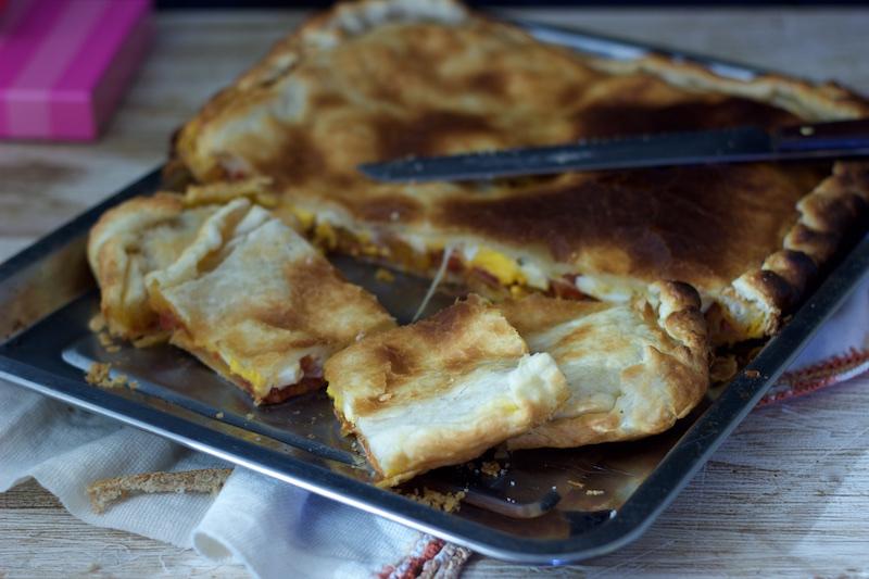 Empanada de Atún y Huevo Duro