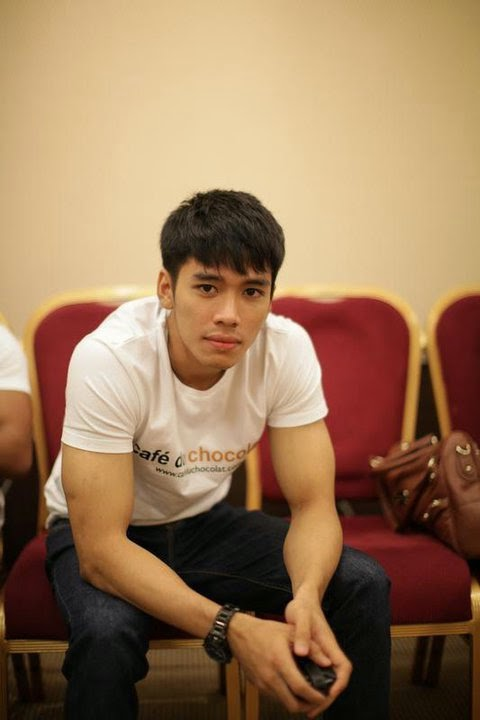 10 Potret Atletis Abibayu Cowok L-Men yang Mirip Aktor Korea