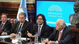 El ministro de Justicia, Germán Garavano, explicando la iniciativa