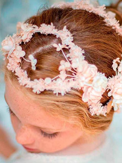 peinado floral comunion