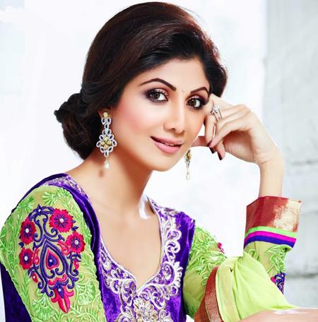 FamousCelebrityBible | Shilpa Shetty