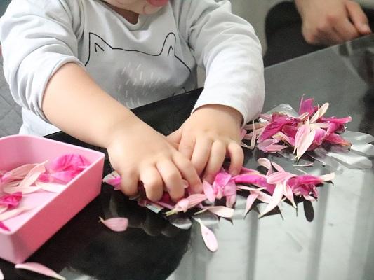 activité avec des fleurs
