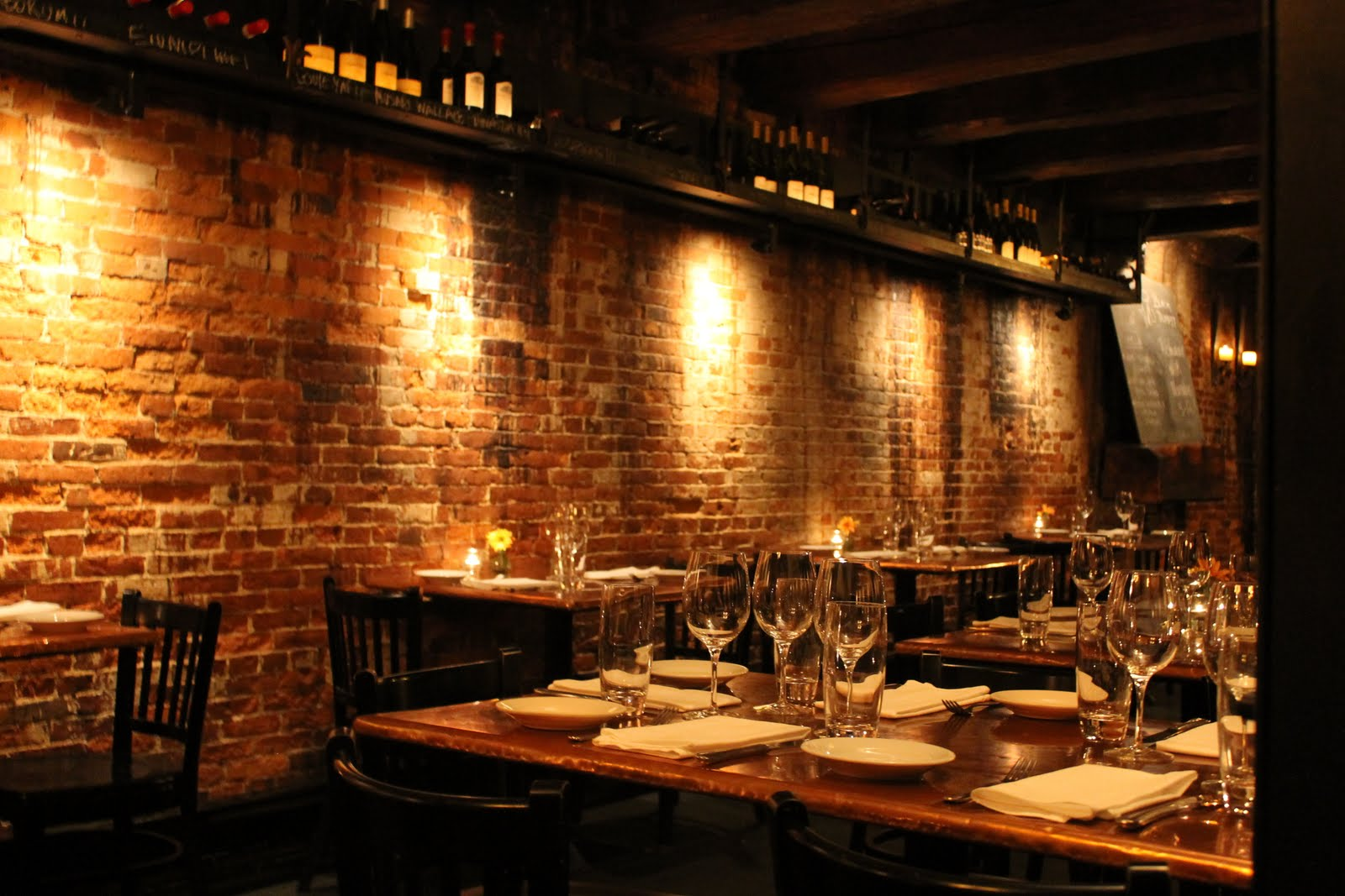 Build A Rustic Dining Room Table Indulge Inspire Imbibe Portsmouth Restaurant Week Black