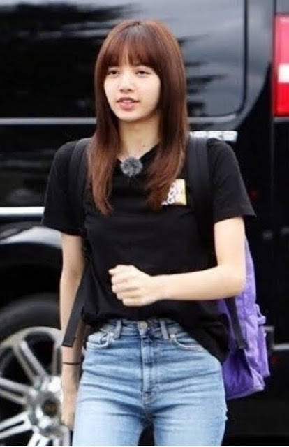 Lisa Without Makeup