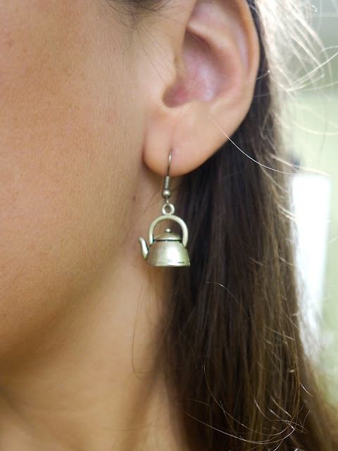 All About Accessories | outfit jewellery details of small silver teapot earrings